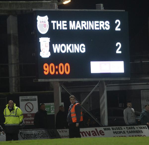 Grimsby 2 - Woking 2