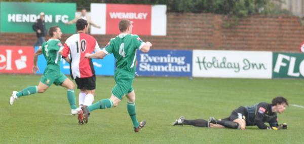 Hendon 0 - 5 Woking