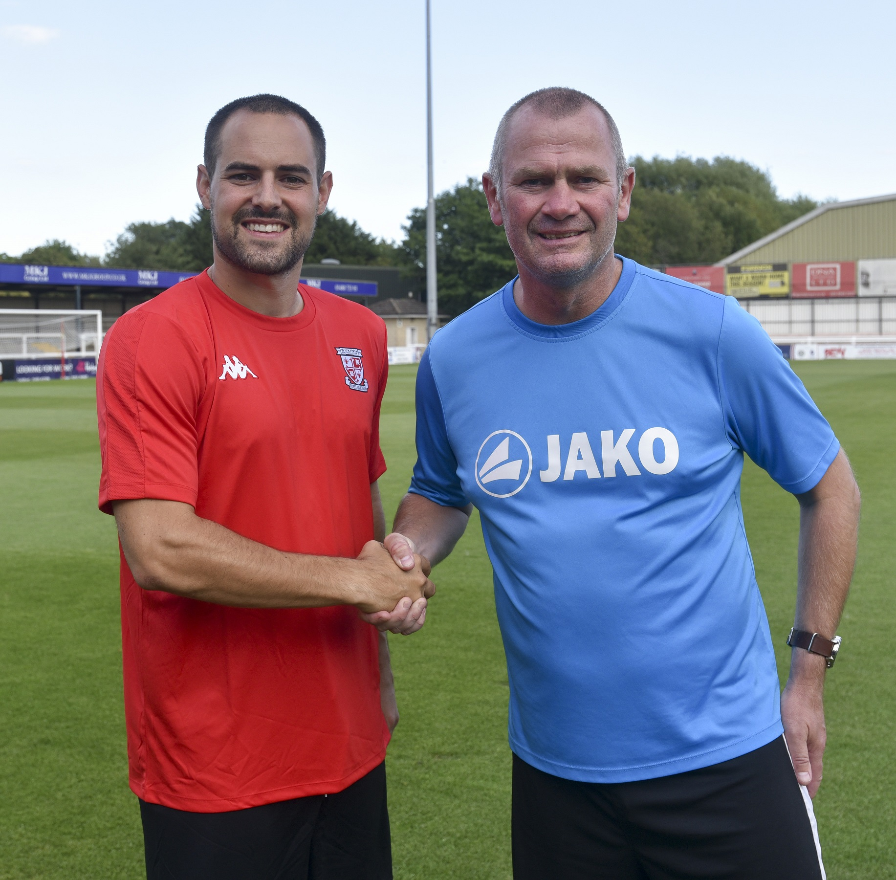 Dowse adds Daniel Spence to Woking squad