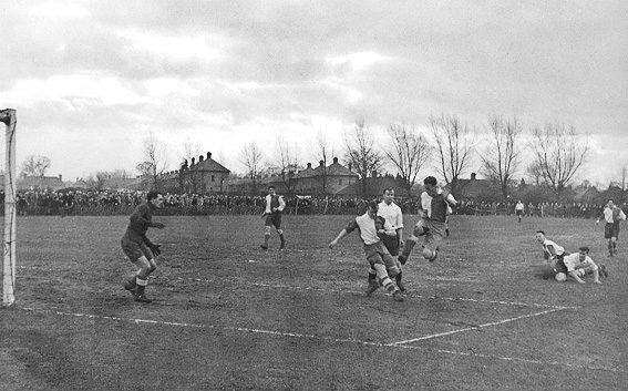 Kingfield Stadium in 1946